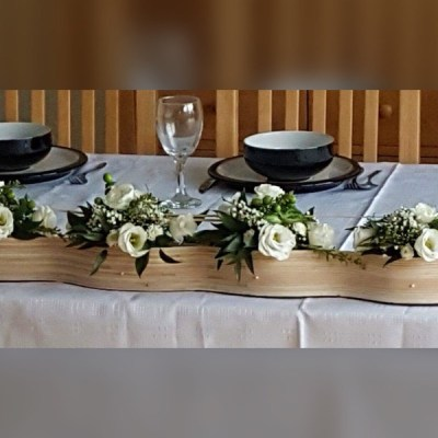 Wedding top table design by flowerjoy