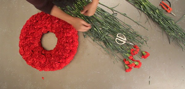 how to make three simple wreaths