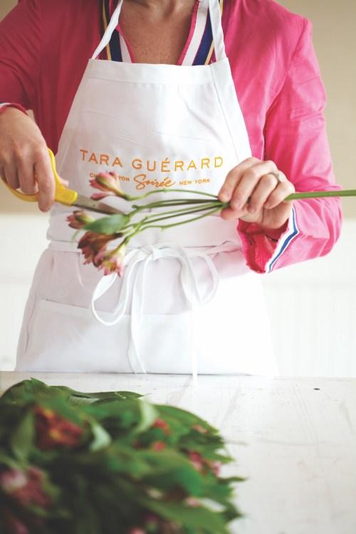 Tara Guérard pink flower arrangement