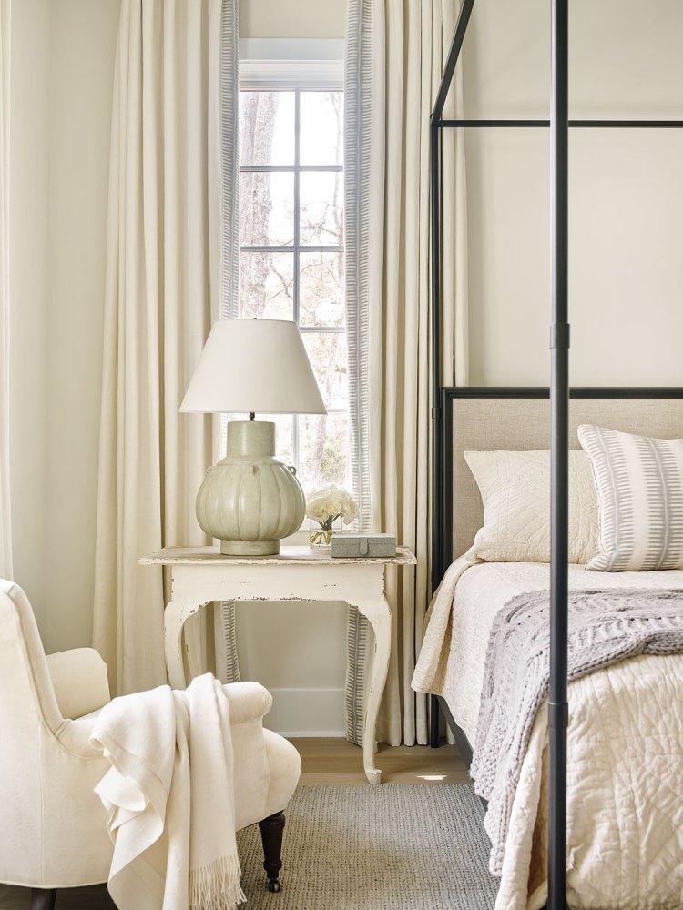 beth webb, bedroom, eye for beauty