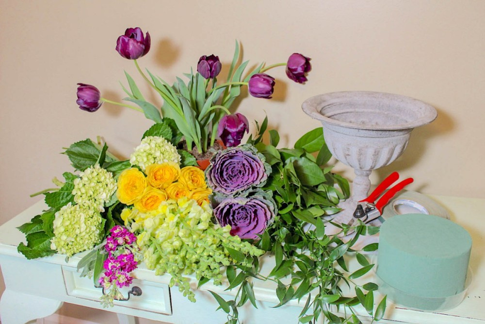 mardi gras flowers, how to arrange mardi gras flowers