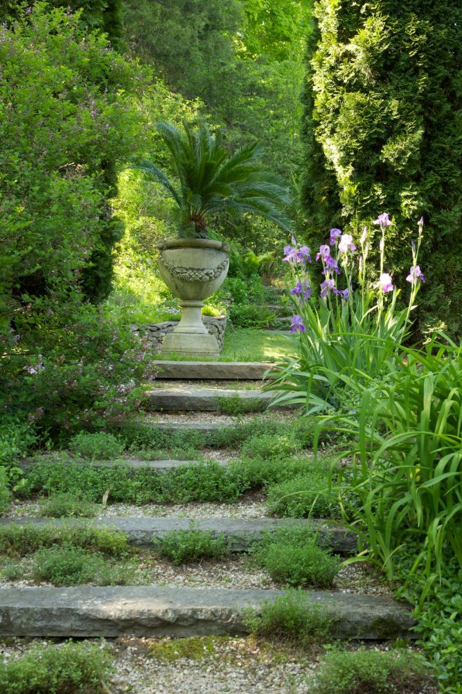 bunny williams garden, woodland garden steps