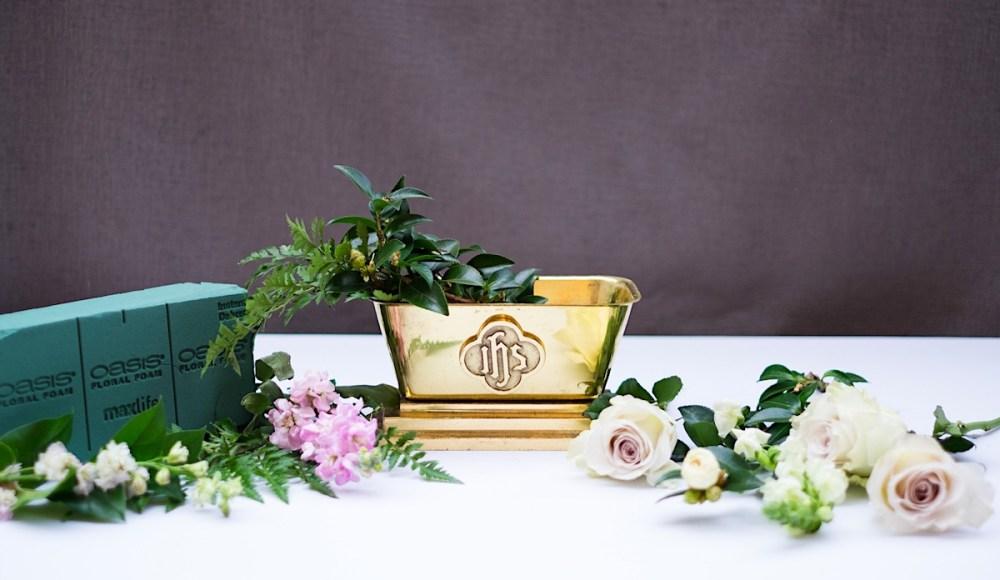 church flower arrangement materials
