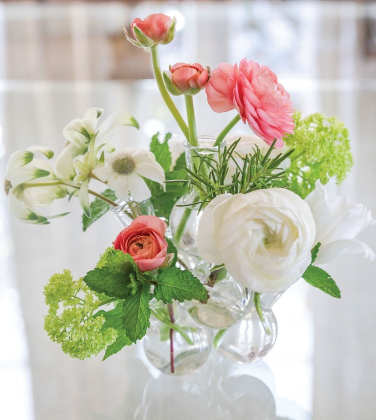 Destiny Pinson summer floral arrangement