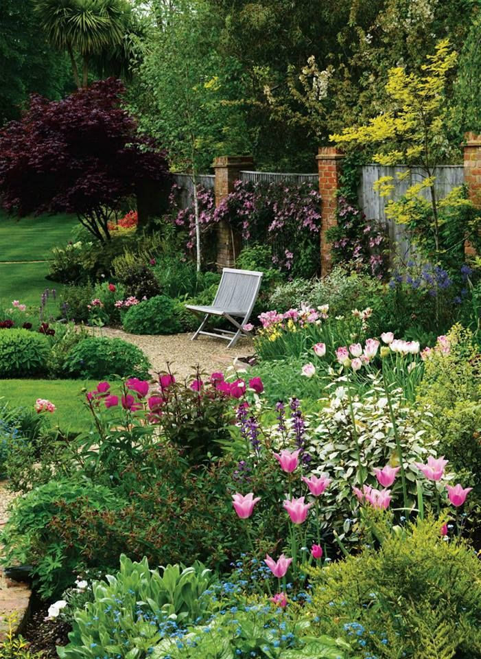 Flowers And Garden Ideas Backyard Flower Garden Flowers Tn Leading Flowers Magazine Daily Beautiful Flowers For All Occasions