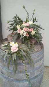 rustic pink&white