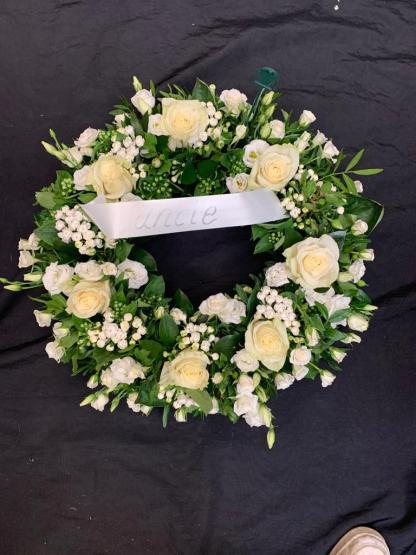 White Rose Open wreath