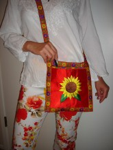 sunflower purse in red