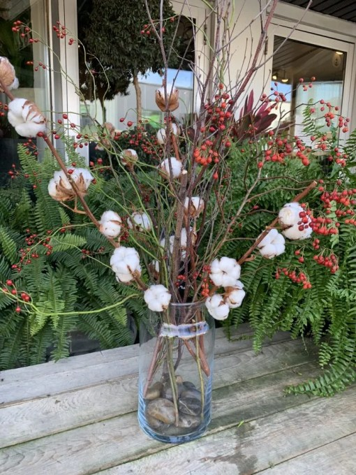 winter arrangement dried