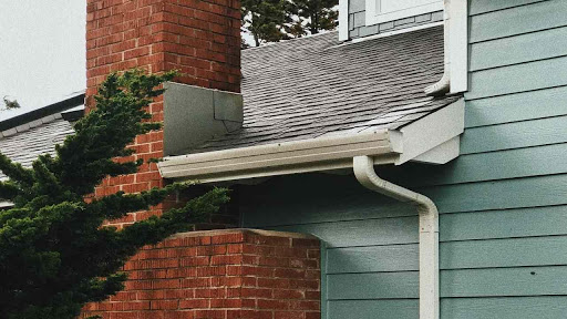 upgrade-roof-gutters