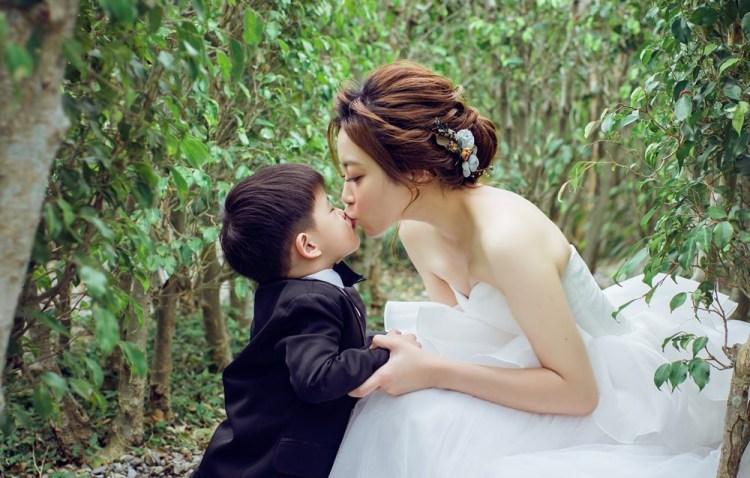 【親子婚紗寫真】ETON伊頓自助婚紗~我們的親子寫真全家福照片出爐囉~