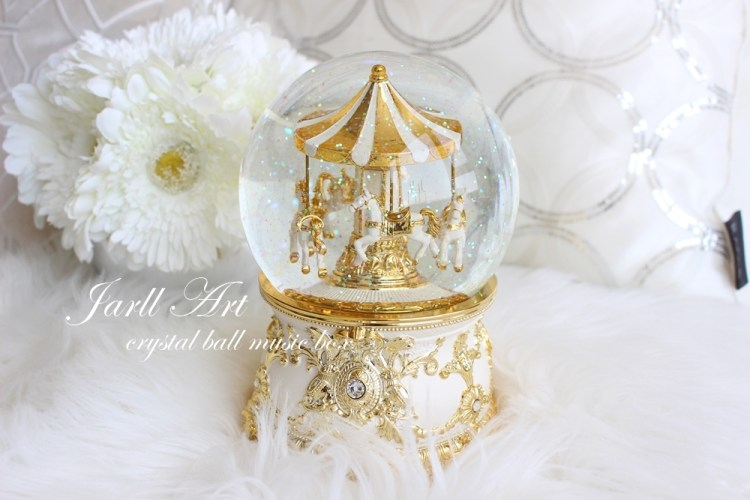 【白色家居】夢幻度100%的旋轉木馬水晶球音樂盒~by Jarll Art讚爾藝術