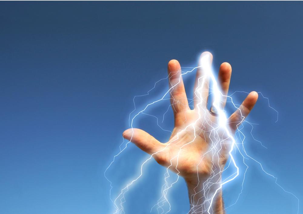 lightning-qi-hand