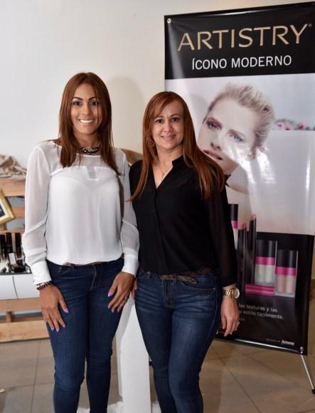Dahyana Silverio y Rosalis Peralta.