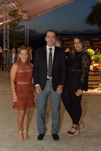 7 Miguel Toirac, Lily Reyes y Gema Vargas