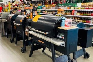 Traeger Grill Gold Dealer