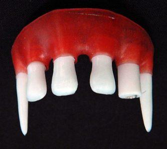 Fake fangs upper teeth