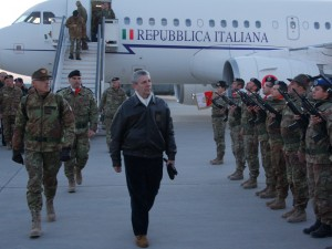Il Ministro Di Paola in visita a Herat