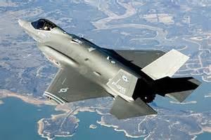 Un F-35 ripreso in volo