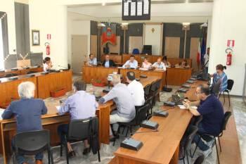 L'incontro in sala consiliare a Taranto tra A.C. e OO.SS.-RSU