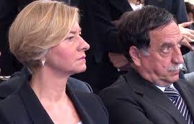 La Ministra Pinotti e il Sottosegretario Rossi oggi dimissionati