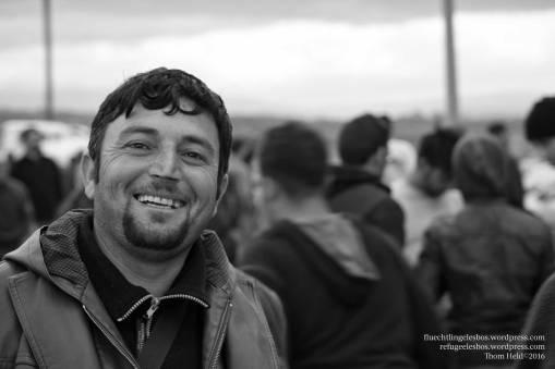März 2016: DASSIN im Camp Idomeni, umgeben von 15'000 anderen Flüchtenden.
