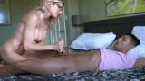 Cory Chase üvey oğlunun koca penisine çullandı – Altyazılı Porno
