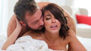 Olgun kadını siken romantik adam çok heyecanlı