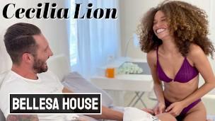 Cecilia Lion oldukça keyifli