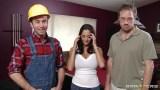 James Deen olgun ev hanımını sikiyor