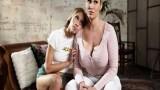 Üvey anne genç kadının amcığını yalamaktan keyif alıyor