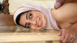 Arap kadının mutluluğuna bakın