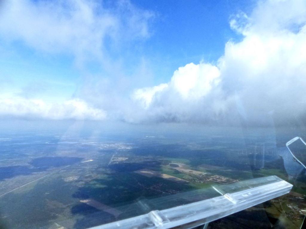 An der Wolkenbasis mit herrlicher Sicht