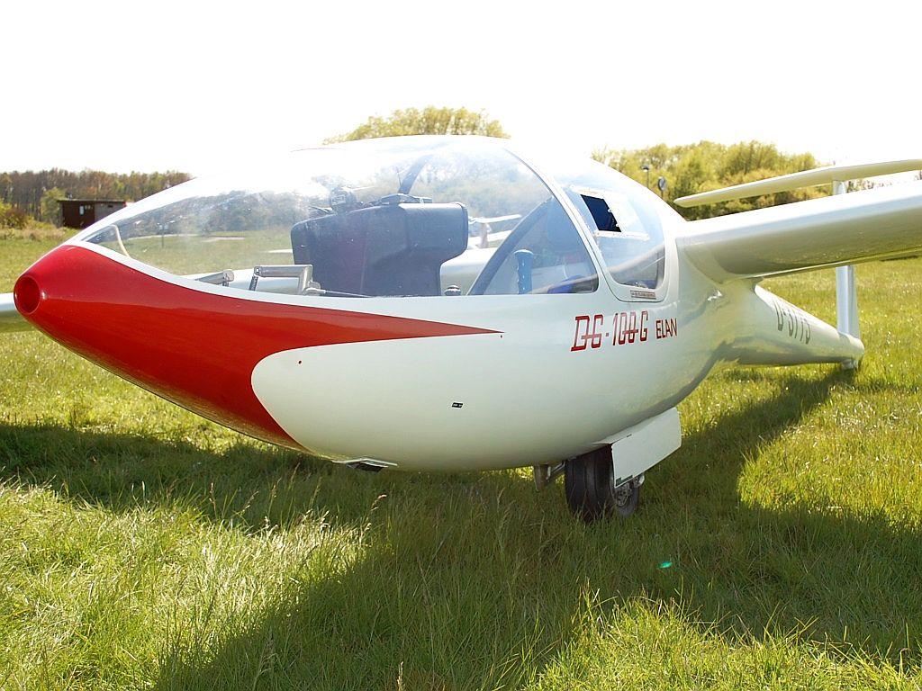DG-100 Elan