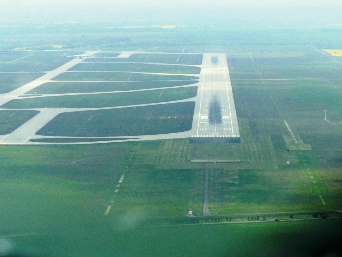Anflug Leipzig-Halle Airport Piste 26R