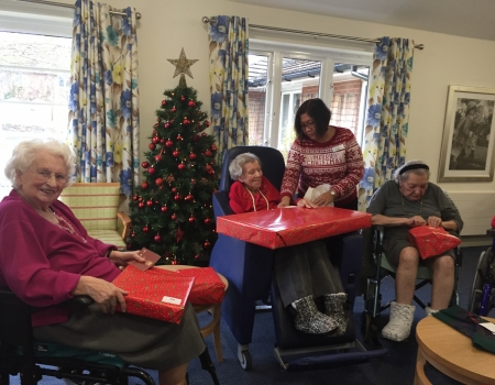 Activities Woodside House Care Home Barchester Healthcare