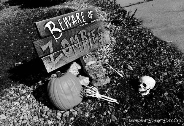 DIY Beware of #zombies yard sign