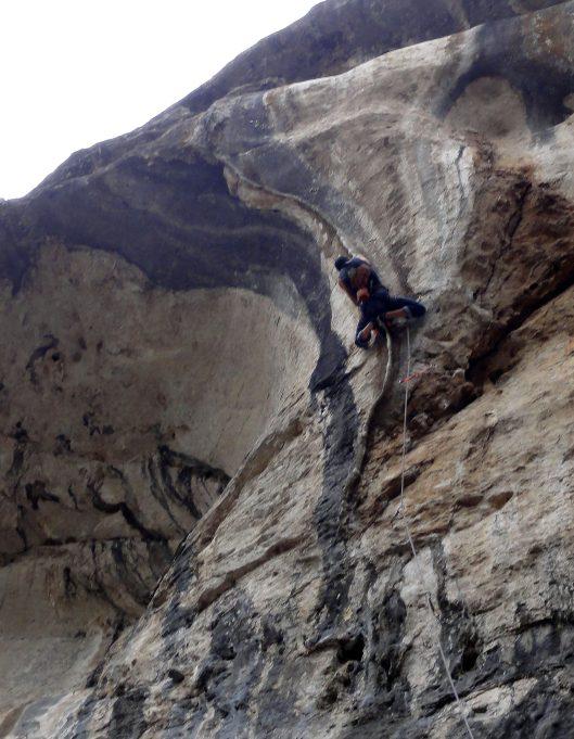 coloane calcar escalada pestera karlukovo