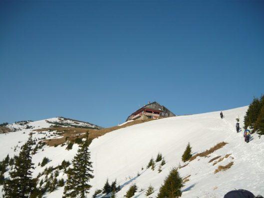 cabana dochia muntii ceahlau