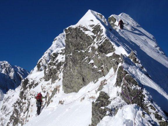 alpinism de iarna muntii fagaras