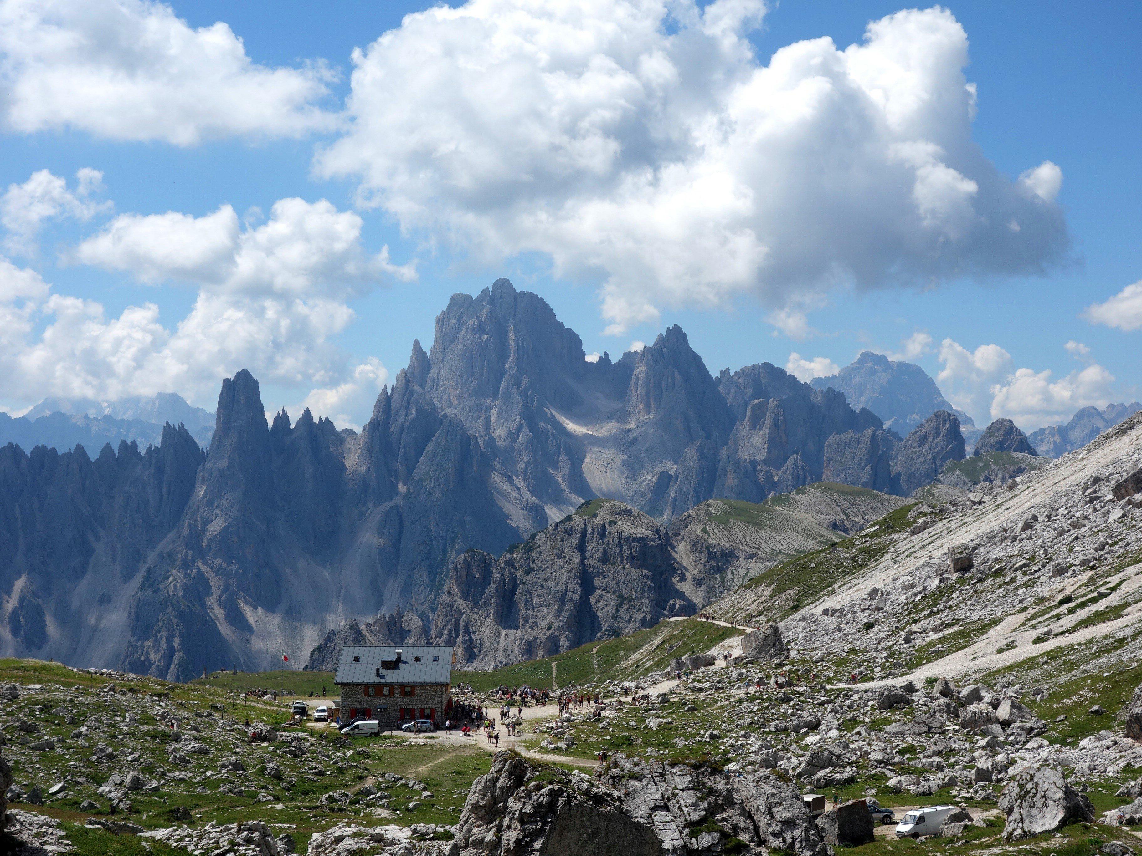 Image result for muntii dolomiti italia harta