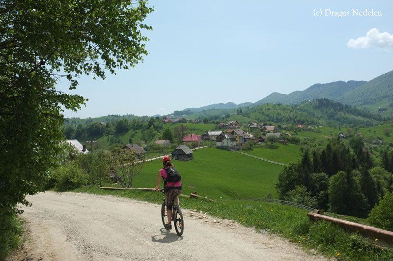 Satul Măgura de pe bicicletă