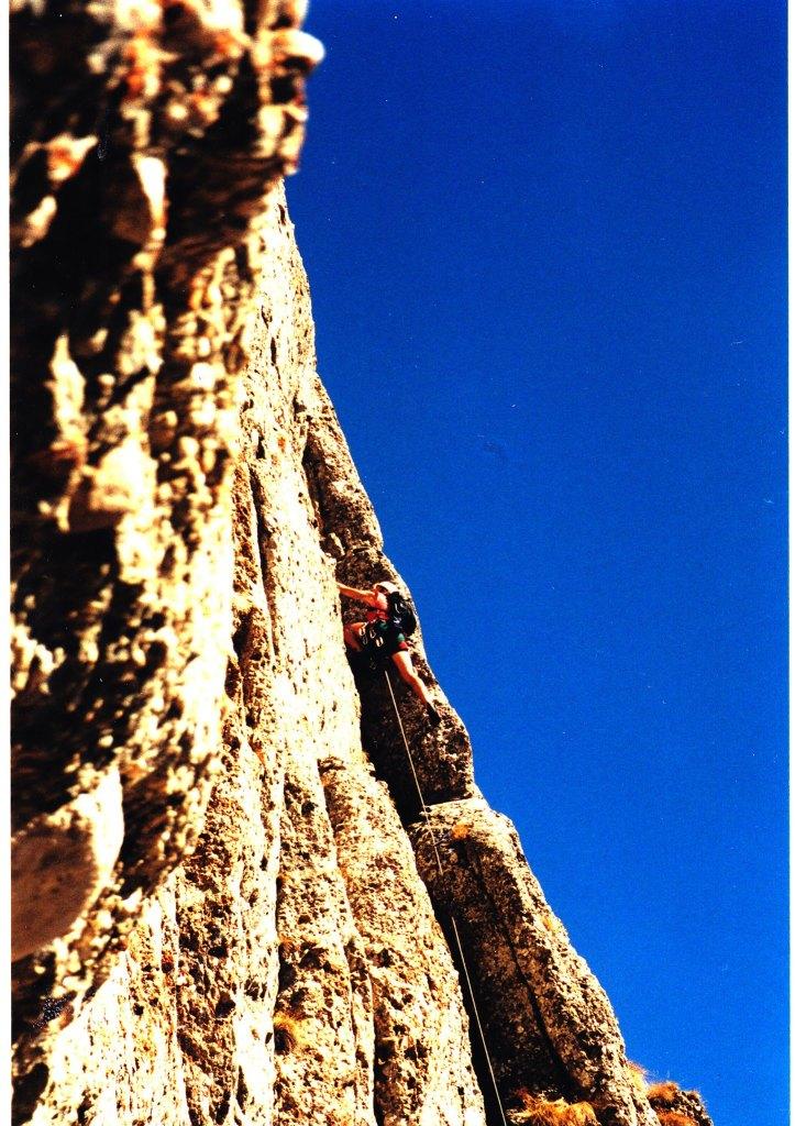 Daniel Burcea in Diedrul Pupzezei, arhive alpinistice :)