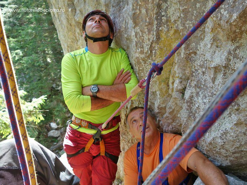 alpiniști în Buila Vânturarița, Bebe care a bătut traseul tavanul lui bebe