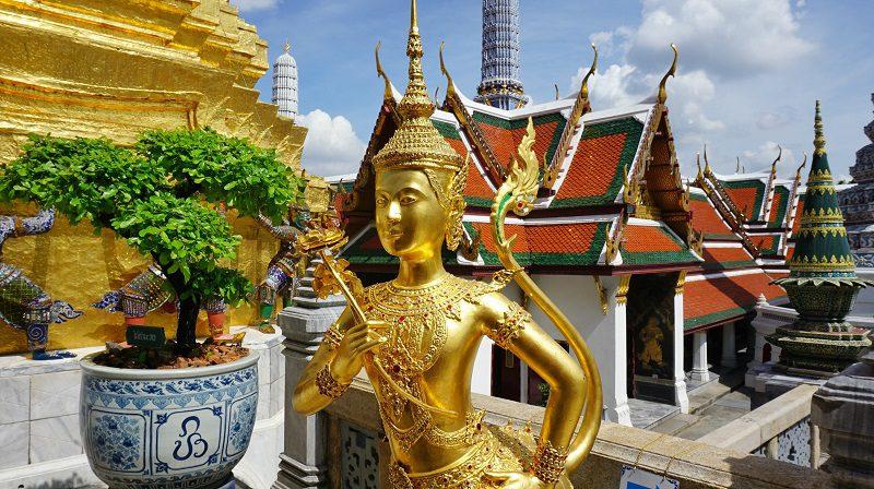 zeitate pasăre păzind templul, Marele Palat Imperial, Bangkok Thailanda