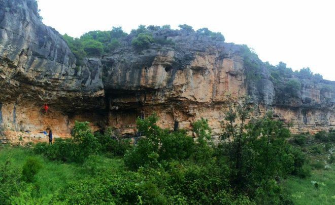 Faleza Karin – escaladă pe timp de ploaie lângă Paklenica, Croația
