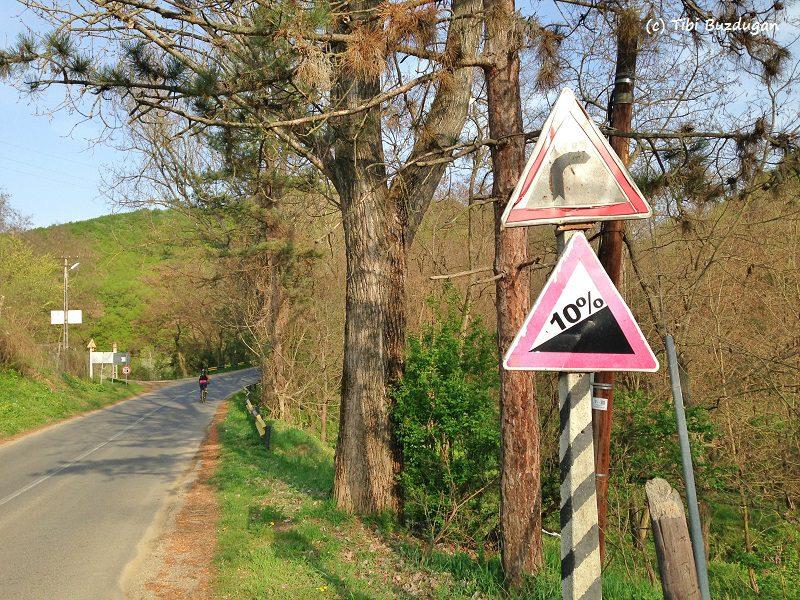 urcarea pe bicicletă de la ieșirea din Sărata Monteoru, Buzău