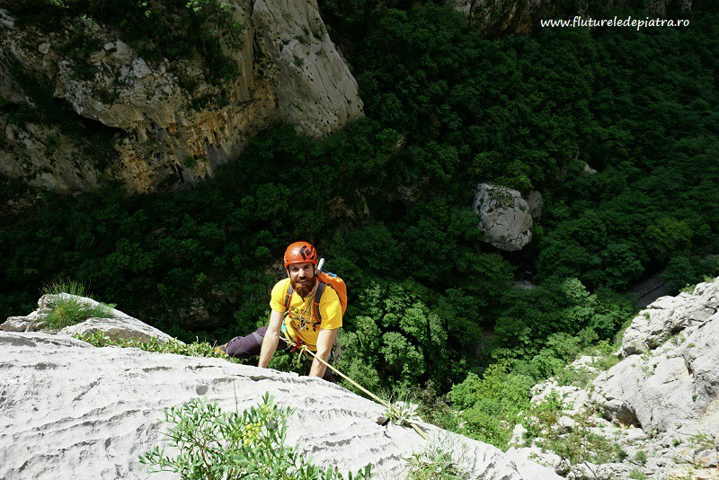 Senza Pieta rock climbing route, multipitch debeli kuk paklenica