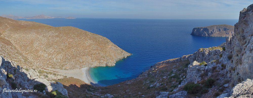 golf în zona peșterii Sarkit, Kalymnos, Grecia, insula cataratorilor