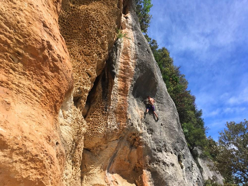 sector alveare escalada finale ligure, italia